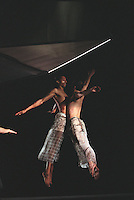 "Trisha Brown Dance Company in ""Groove and Countermove""<br />