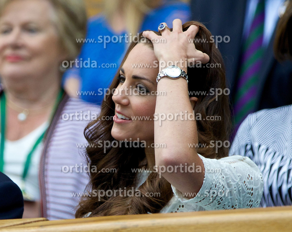 02.07.2014, All England Lawn Tennis Club, London, ENG, WTA Tour, Wimbledon, im Bild Catherine Kate Middleton (Dutchess of Cambridge) during the Ladies' Singles Quarter-Final match on day nine // during the Wimbledon Championships at the All England Lawn Tennis Club in London, Great Britain on 2014/07/02. EXPA Pictures &copy; 2014, PhotoCredit: EXPA/ Propagandaphoto/ David Rawcliffe<br /> <br /> *****ATTENTION - OUT of ENG, GBR*****