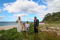 mike & marie's wedding at whangapoua on the coromandel peninsula felicity jean photography coromandel wedding photographer whangapoua beach phtotos