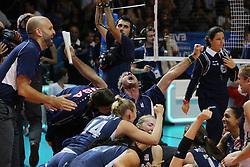 TEAM USA CELEBRATE<br /> TEAM USA HEAD COACH KARCH KIRALY<br /> USA - CHINA <br /> FINAL VOLLEYBALL WOMEN'S WORLD CHAMPIONSHIP 2014<br /> MILAN (ITA) 12-10-2014<br /> PHOTO BY FILIPPO RUBIN