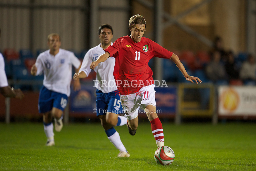 NEWTOWN, WALES - Tuesday, September 14, 2010: Wales' Scott Barrow (Tamworth) in action against England during the Under-23 Semi-Pro International Friendly match at Latham Park. (Photo by David Rawcliffe/Propaganda)