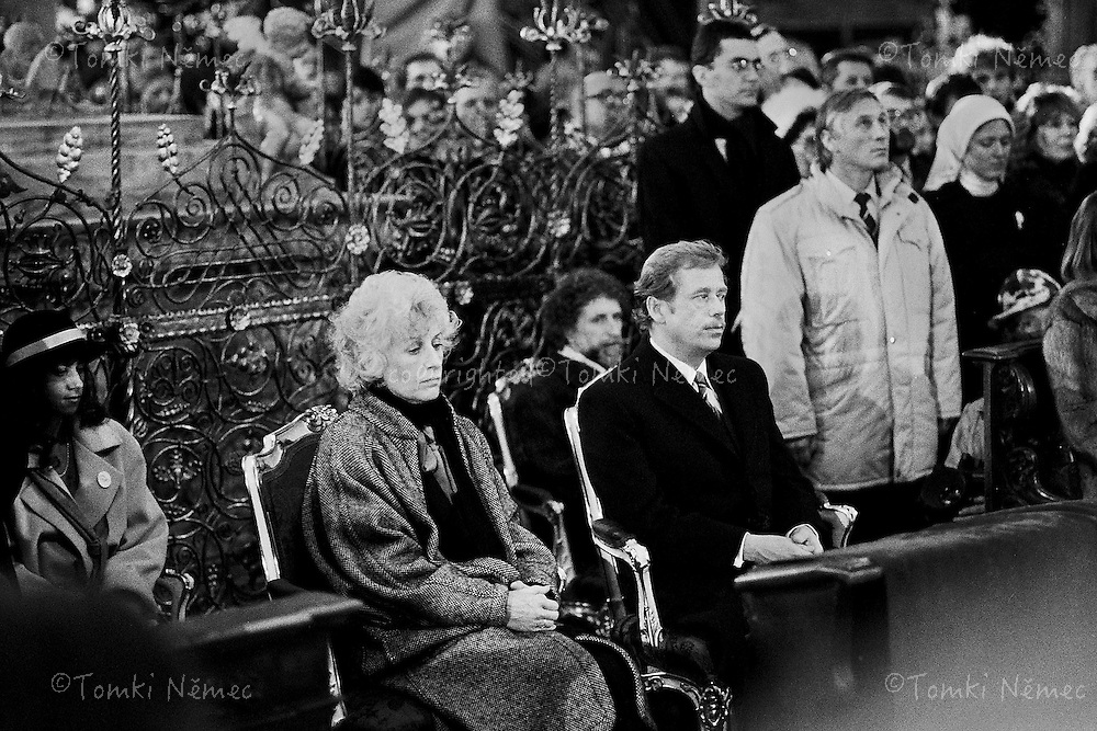 Czechoslovakia,Prague,29 December 1989 *EN/ Vaclav Havel and Olga Havlova , now President of the CSSR(Czechoslovak socialistic republic) and First Lady, Prague, 29 December 1989, Prague Castle, a few minutes after having been elected.Ceremonial mass in the cathedral Sv. Vit on the Prgue Castle.