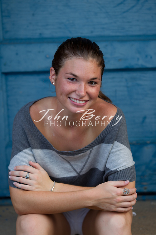August/9/10:  Carly Clore, Senior Photos, Eastern View High School, Class of 2011