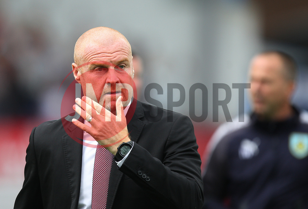 Burnley manager Sean Dyche - Mandatory by-line: Jack Phillips/JMP - 19/08/2017 - FOOTBALL - Turf Moor - Burnley, England - Burnley v West Bromwich Albion - Premier League