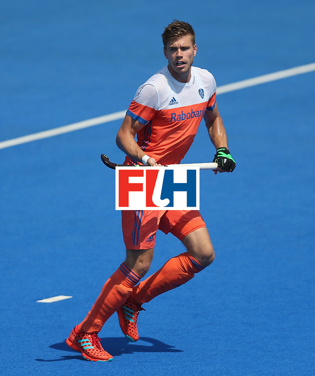 LONDON, ENGLAND - JUNE 19:  Sander de Wijn of the Netherlands during the Hero Hockey World League Semi-Final match between Netherlands and Canada at Lee Valley Hockey and Tennis Centre on June 19, 2017 in London, England.  (Photo by Alex Morton/Getty Images)