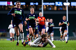 Jess Breach of England Women scores a try - Mandatory by-line: Robbie Stephenson/JMP - 16/03/2019 - RUGBY - Twickenham Stadium - London, England - England Women v Scotland Women - Women's Six Nations
