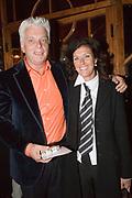 """Opening/Premiere Palazzo, een combinatie van theater en dineren op Topniveau onder leiding van twee sterren Michelin kok Ron Blaauw. De spiegeltent staat voor de derde keer in Amsterdam, no op het terrein van ciultuurpark """"De Westergasfabriek"""".<br /> <br /> Op de foto:<br />  Jan Slagter, oprichter en directeur Omroep MAX"""