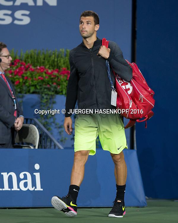 GRIGOR DIMITROV (BUL) betritt den Centre Court<br /> <br /> Tennis - US Open 2016 - Grand Slam ITF / ATP / WTA -  USTA Billie Jean King National Tennis Center - New York - New York - USA  - 5 September 2016.