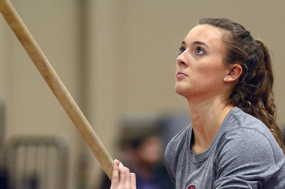 jt021117e/sports/jim thompson/ UNM's Katherine Whiting gets a warm up run before the start of the Women's Pole Vault event. Saturday Feb.11, 2017. (Jim Thompson/Albuquerque Journal)