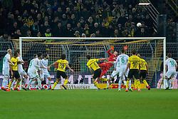 05.02.2019, Signal Iduna Park, Dortmund, GER, DFB Pokal, Borussia Dortmund vs SV Werder Bremen, Achtelfinale, im Bild Jiri Pavlenka (SV Werder Bremen #1) in Aktion // during the German Pokal round of 16 match between Borussia Dortmund and SV Werder Bremen at the Signal Iduna Park in Dortmund, Germany on 2019/02/05. EXPA Pictures © 2019, PhotoCredit: EXPA/ Andreas Gumz<br /> <br /> *****ATTENTION - OUT of GER*****