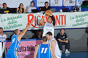 DESCRIZIONE : Bormio Torneo Internazionale Maschile Diego Gianatti Italia Svezia <br /> GIOCATORE : Marco Belinelli<br /> SQUADRA : Italia Italy<br /> EVENTO : Raduno Collegiale Nazionale Maschile <br /> GARA : Italia Svezia Italy Sweden <br /> DATA : 16/07/2009 <br /> CATEGORIA :  tiro penetrazione<br /> SPORT : Pallacanestro <br /> AUTORE : Agenzia Ciamillo-Castoria/G.Ciamillo