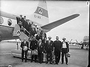 Irish Olympic Boxers leave for Rome.<br /> 20.08.1960