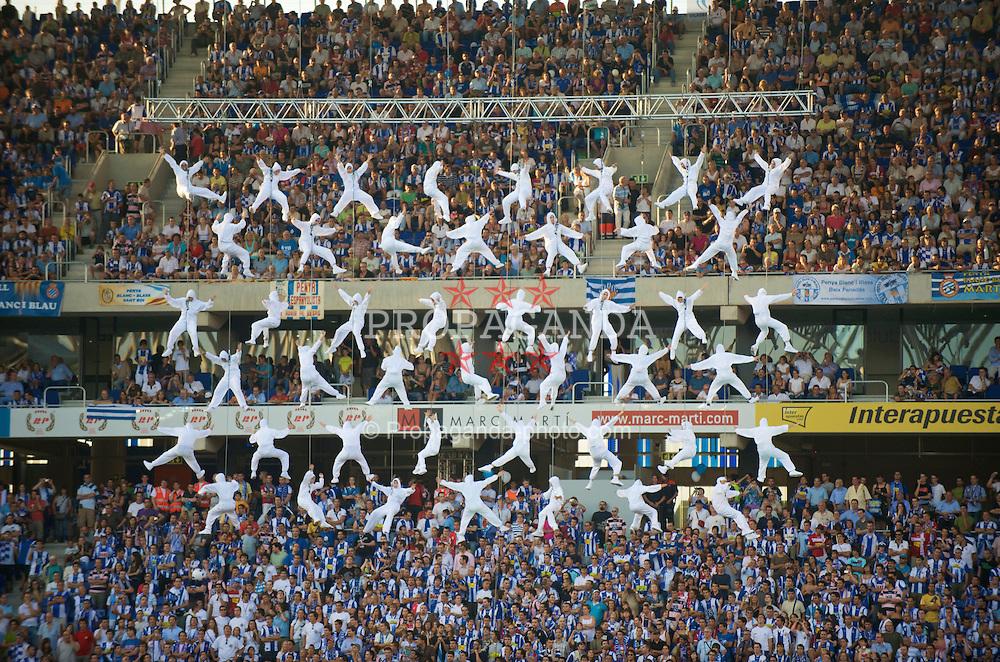 BARCELONA, SPAIN - Sunday, August 2, 2009: The opening ceremony for the new stadium before RCD Espanyol de Barcelona's preseason friendly against Liverpool at the Estadi Cornella-El Prat. (Pic by David Rawcliffe/Propaganda)