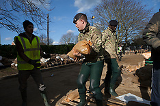 FEB 16 2014 Royal Army helps in Staines