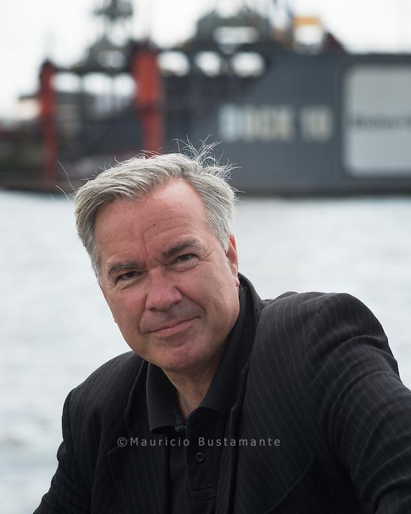 Saenger Stefan Gwildis. Hamburger Hafen,