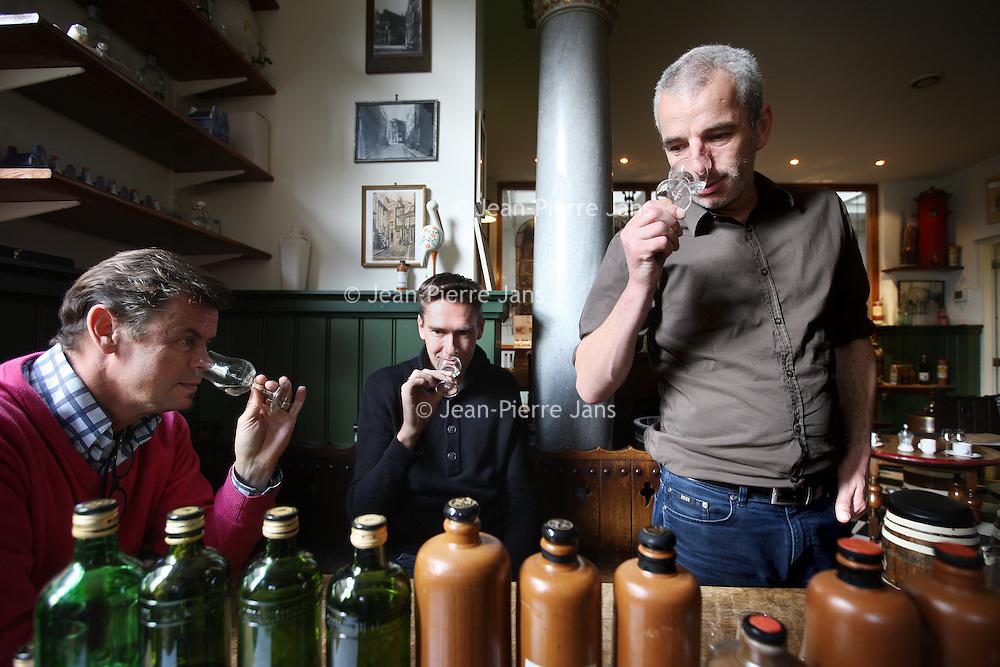 Nederland, Amsterdam , 28 oktober 2013.<br /> A.van Wees distilleerderij de Ooievaar is een distilleerderij ontstaan uit de Amsterdamse distilleerderij A.van Wees anno 1883 en de Haagse distilleerderij de Ooievaar anno 1782. Wij zijn nog steeds gevestigd in de Amsterdamse Driehoekstraat midden in de Jordaan.<br /> De distilleerderij is een familiebedrijf, waarbij inmiddels de 3e generatie van Wees aan het roer staat. Wij maken momenteel 17 soorten genevers en ongeveer 60 typisch Nederlandse likeuren, plus nog bijna alle dranken die u bijna nergens meer tegenkomt. Zoals Angostura, Maagbitter, Fladderack, Voorburgh, Cr&egrave;me de Menthe, Abricot Brandy en nog vele andere authentieke dranken.<br /> Alle producten worden gedistilleerd op basis van natuurlijk grondstoffen en originele receptuur. Wij gebruiken geen kunstmatige geur- of smaakstoffen. Dat is voor Nederlandse begrippen, maar ook buitenlandse een unieke werkwijze.<br /> Foto:Jean-Pierre Jans