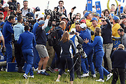 Francesco Molinari (Ita) brings the point of victory during the sunday singles session of Ryder Cup 2018, at Golf National in Saint-Quentin-en-Yvelines, France, September 30, 2018 - Photo Philippe Millereau / KMSP / ProSportsImages / DPPI