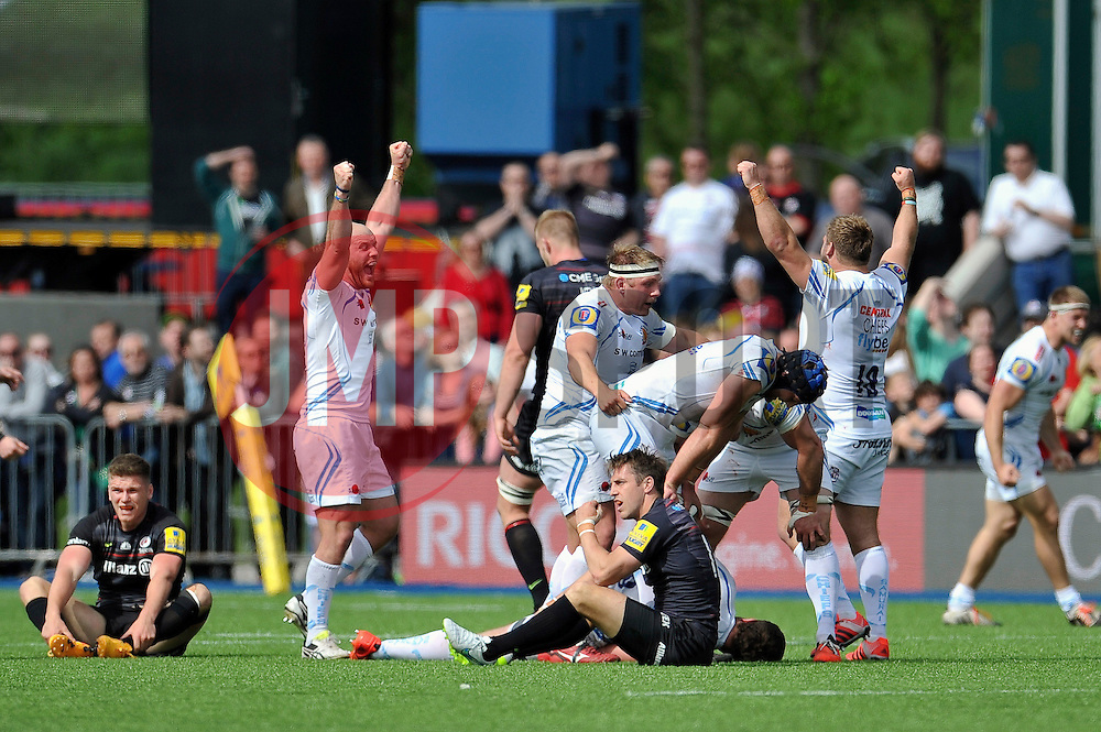 Exeter Chiefs celebrate at the final whistle - Photo mandatory by-line: Patrick Khachfe/JMP - Mobile: 07966 386802 10/05/2015 - SPORT - RUGBY UNION - London - Allianz Park - Saracens v Exeter Chiefs - Aviva Premiership