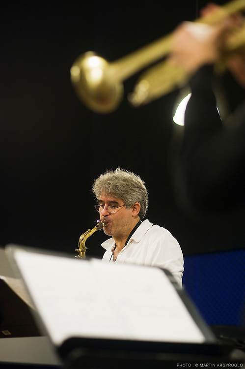 Le saxophoniste Tim Berne pendant une masterclass au cnsmdp le 12 octobre 2009