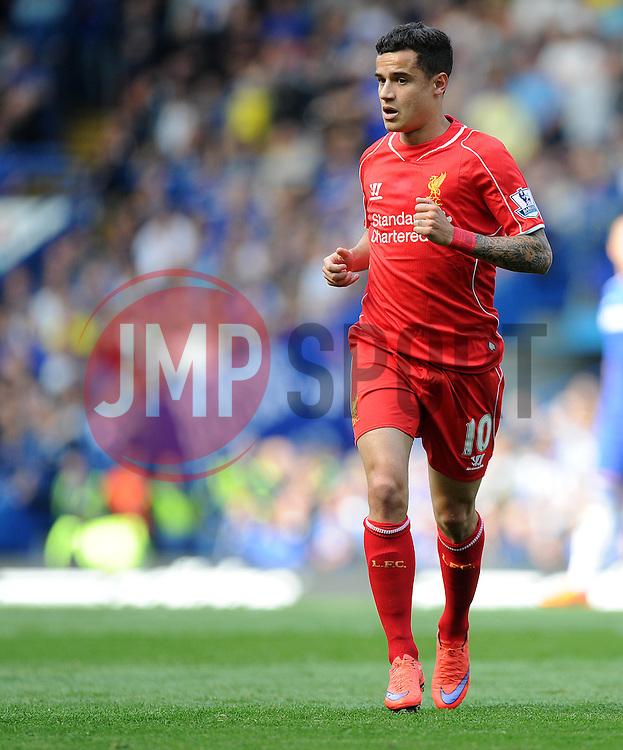 Liverpool's Philippe Coutinho - Photo mandatory by-line: Alex James/JMP - Mobile: 07966 386802 - 10/05/2015 - SPORT - Football - London - Stamford Bridge - Chelsea v Liverpool - Barclays Premier League