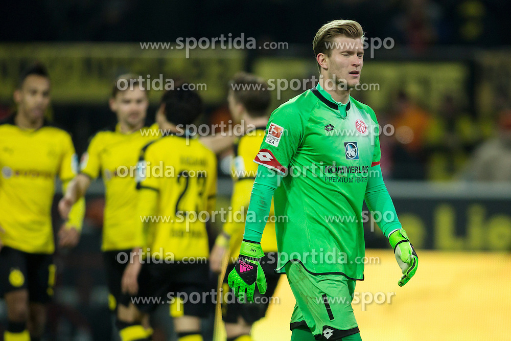 13.03.2016, Signal Iduna Park, Dortmund, GER, 1. FBL, Borussia Dortmund vs 1. FSV Mainz 05, 26. Runde, im Bild Torwart Loris Karius (FSV Mainz 05 #1) enttaeuscht nach dem Tor zum 2:0 // during the German Bundesliga 26th round match between Borussia Dortmund and 1. FSV Mainz 05 at the Signal Iduna Park in Dortmund, Germany on 2016/03/13. EXPA Pictures &copy; 2016, PhotoCredit: EXPA/ Eibner-Pressefoto/ Schueler<br /> <br /> *****ATTENTION - OUT of GER*****