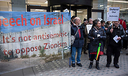 © Licensed to London News Pictures. 22/01/2018. London, UK. Former vice-chair Jackie Walker JACKIE WALKER (Second  right) Joins the campaign group LAW (Labour Against the Witch-hunt) outside Labour Party headquarters ahead of an NEC (National Executive Committee) meeting. The group are campaigning against the suspension of party members over alleged antisemitism. Photo credit: Ben Cawthra/LNP