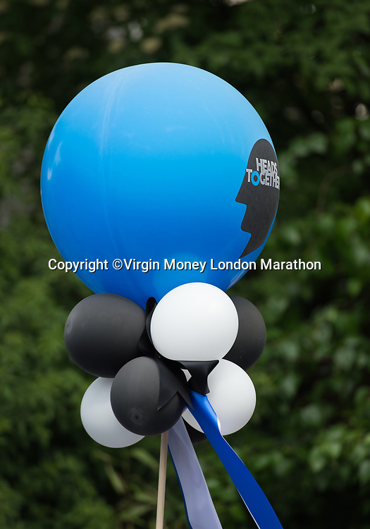 A Heads Together baloon marker at Mile 22. The Virgin Money London Marathon, 23rd April 2017.<br /> <br /> Photo: Joe Toth for Virgin Money London Marathon<br /> <br /> For further information: media@londonmarathonevents.co.uk