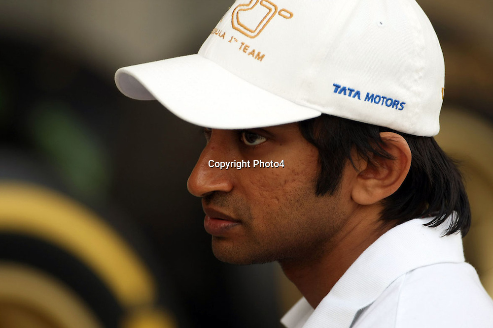 &copy; Photo4 / LaPresse<br /> 19/04/2012 Sakhir<br /> Sport <br /> Grand Prix Formula One  Bahrain-Sakhir 2012<br /> In the pic: Narain Karthikeyan (IND) HRT F1 Team F112