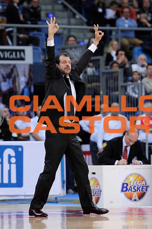 DESCRIZIONE : Pesaro Lega A 2011-12 Scavolini Siviglia Pesaro Umana Venezia<br /> GIOCATORE : Andrea Mazzon<br /> CATEGORIA : coach<br /> SQUADRA : Umana Venezia<br /> EVENTO : Campionato Lega A 2011-2012<br /> GARA : Scavolini Siviglia Pesaro Umana Venezia<br /> DATA : 06/11/2011<br /> SPORT : Pallacanestro<br /> AUTORE : Agenzia Ciamillo-Castoria/C.De Massis<br /> Galleria : Lega Basket A 2011-2012<br /> Fotonotizia : Pesaro Lega A 2011-12 Scavolini Siviglia Pesaro Umana Venezia<br /> Predefinita :