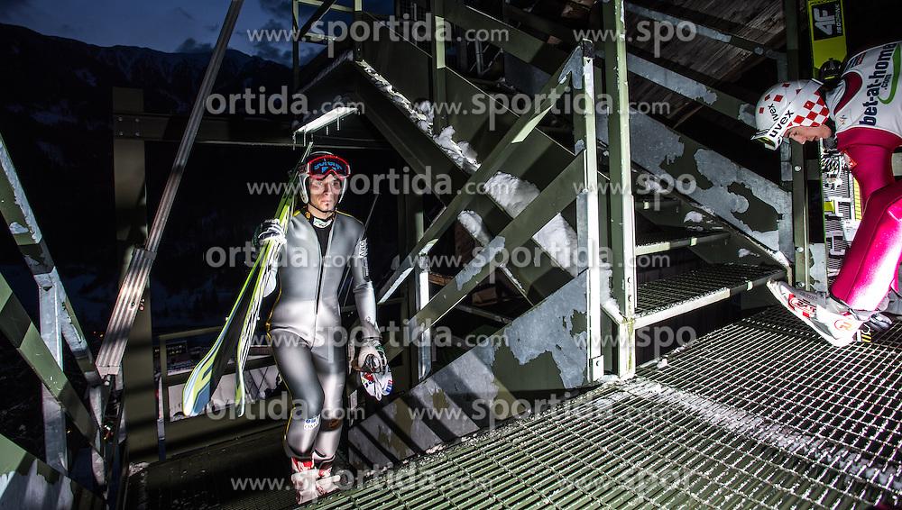 25.02.2013, Skisprungstadion, Predazzo, ITA, FIS Weltmeisterschaften Ski Nordisch, Skisprung Herren, Großschanze, Training, im Bild Robert Kranjec (SLO), Kamil Stoch (POL) // Robert Kranjec of Slovenia, Kamil Stoch of Poland during the Mens Large Hill Skijump Training of the FIS Nordic Ski World Championships 2013 at the Skijumping Stadium, Predazzo, Italy on 2013/02/25. EXPA Pictures © 2013, PhotoCredit: EXPA/ Juergen Feichter