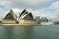 Sydney Harbour with Sydney Opera House and cruise ship   Photo: Peter Llewellyn