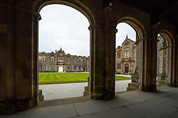 St Andrews, Scotland, UK. 7 September, 2020. Freshers Week starts at the University of St Andrews in Fife. Overseas and domestic students are arriving in the town this week. Many students are accompanied by their parents and were exploring the ancient university campus and the major attractions in the town. Pictured;  General view of St Salvator's Quad. Iain Masterton/Alamy Live News