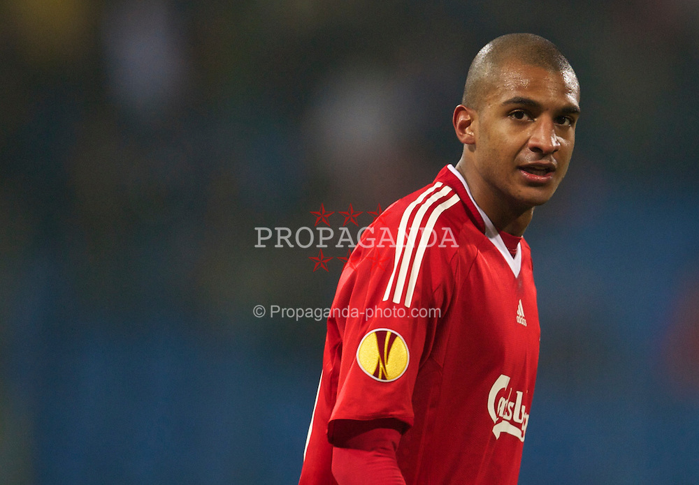 BUCHAREST, ROMANIA - Thursday, February 25, 2010: Liverpool's David Ngog in action against FC Unirea Urziceni during the UEFA Europa League Round of 32 2nd Leg match at the Steaua Stadium. (Photo by David Rawcliffe/Propaganda)