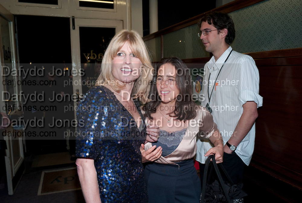 RACHEL JOHNSON; MARINA JOHNSON, Rachel's Johnson's 'A Diary of the Lady'book launch at The Lady's offices. Covent Garden. London. 30 September 2010. -DO NOT ARCHIVE-© Copyright Photograph by Dafydd Jones. 248 Clapham Rd. London SW9 0PZ. Tel 0207 820 0771. www.dafjones.com.
