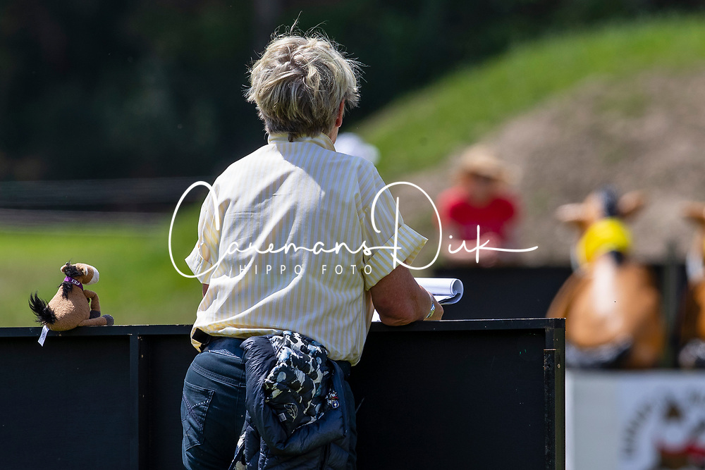 Fence Judge, Hannah's Willbery Wonder Pony<br /> Event Rider Masters -Chateau d'Arville<br /> CCI4*-S Sart Bernard 2019<br /> © Hippo Foto - Dirk Caremans<br /> Bragg Alexander, GBR, Alcatraz