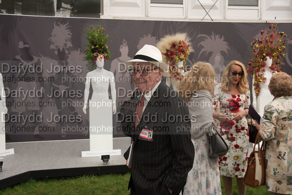 RUPERT MURDOCH; JERRY HALL; KRISTEN MCMENAMY Press view of the 2016 RHS  Chelsea Flower Show,  London.