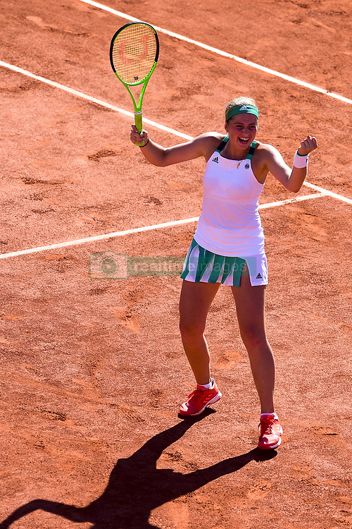 June 8, 2017 - Paris, France, France - joie de Jelena Ostapenko (Lat) en fin de match. (Credit Image: © Panoramic via ZUMA Press)
