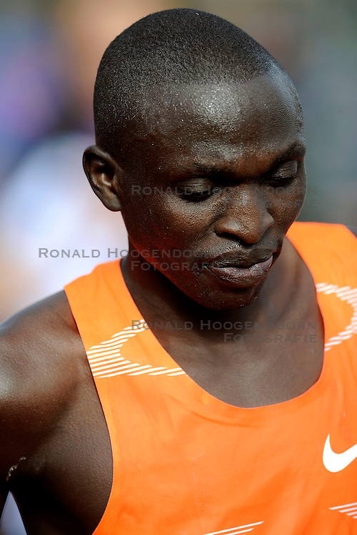 18-10-2009 ATLETIEK: AMSTERDAM MARATHON: AMSTERDAM<br /> Gilbert Yegon wint de marathon van Amsterdam KEN<br /> &copy;2009-WWW.FOTOHOOGENDOORN.NL