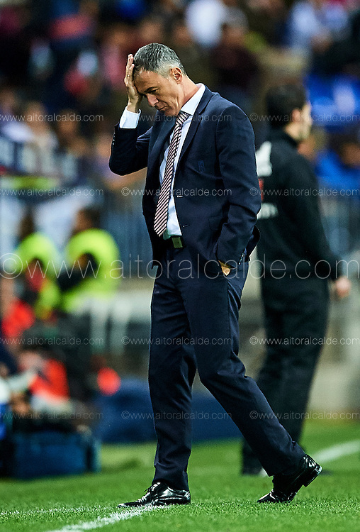 MALAGA, SPAIN - DECEMBER 09:  Head Coach of Granada CF Lucas Alcaraz reacts during La Liga match between Malaga CF and Granada CF at La Rosaleda Stadium December 9, 2016 in Malaga, Spain.  (Photo by Aitor Alcalde Colomer/Getty Images)