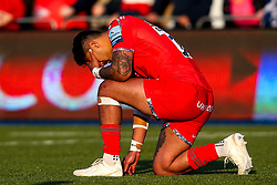 Denny Solomona of Sale Sharks cuts a dejected figure after defeat to Saracens - Mandatory by-line: Robbie Stephenson/JMP - 17/11/2018 - RUGBY - Allianz Park - London, England - Saracens v Sale Sharks - Gallagher Premiership Rugby