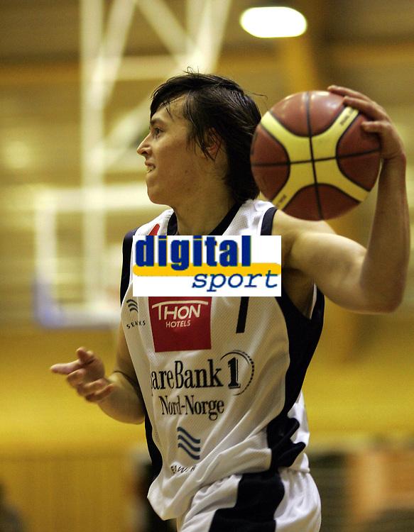 Basketball <br /> BLNO 2006/2007<br /> 03.11.2006<br /> Kongsberg Penguins v Harstad Vikings<br /> Foto: Morten Olsen, Digitalsport<br /> <br /> Robertas Bitinas - Harstad