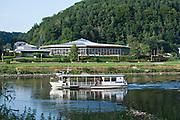 Bad Schandau, Fähre,Toskana Therme, Elbe, Sächsische Schweiz, Sachsen, Deutschland | Toskana Therme, ferry, Bad Schandau, river Elbe, Saxon Switzerland, Saxony, Germany