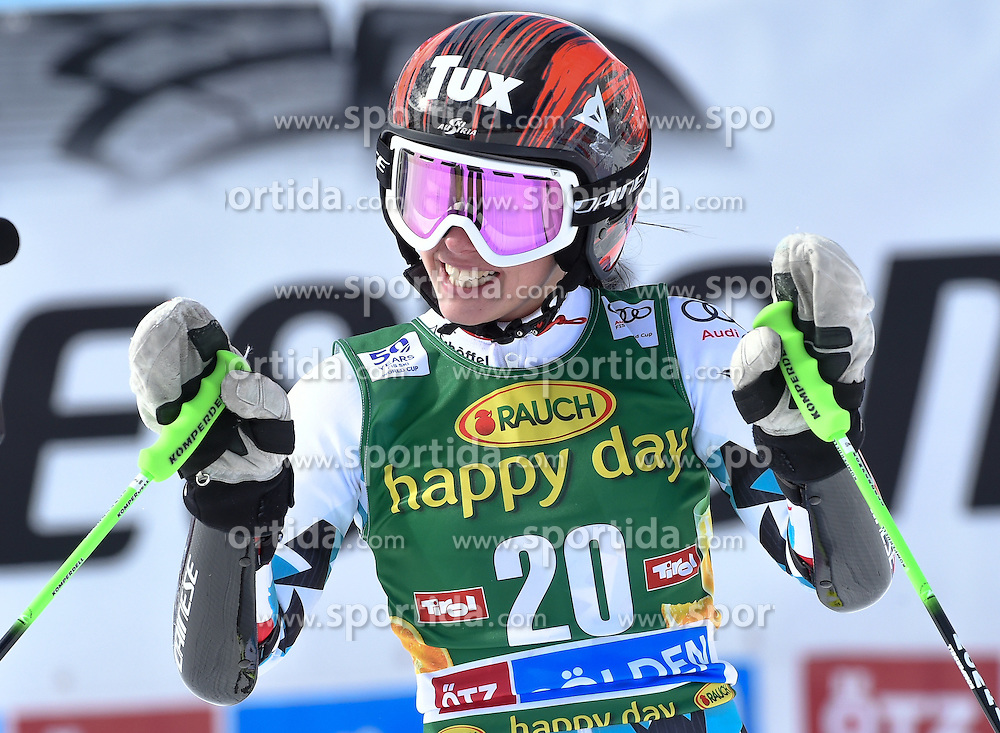 22.10.2016, Rettenbachferner, Soelden, AUT, FIS Weltcup Ski Alpin, Soelden, Riesenslalom, Damen, 2. Durchgang, im Bild Stephanie Brunner of Austria // reacts after her 2nd run of ladies Giant Slalom of the FIS Ski Alpine Worldcup opening at the Rettenbachferner in Soelden, Austria on 2016/10/22. EXPA Pictures © 2016, PhotoCredit: EXPA/ Erich Spiess