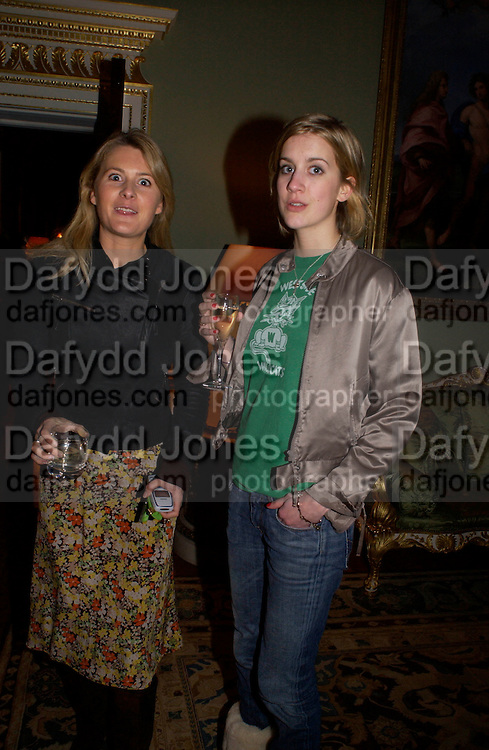 Kinvara Balfour and Shrimpy Balfour, Tiffany in Fashion by John Loring, Spencer House. 11 March 2004.  ONE TIME USE ONLY - DO NOT ARCHIVE  © Copyright Photograph by Dafydd Jones 66 Stockwell Park Rd. London SW9 0DA Tel 020 7733 0108 www.dafjones.com