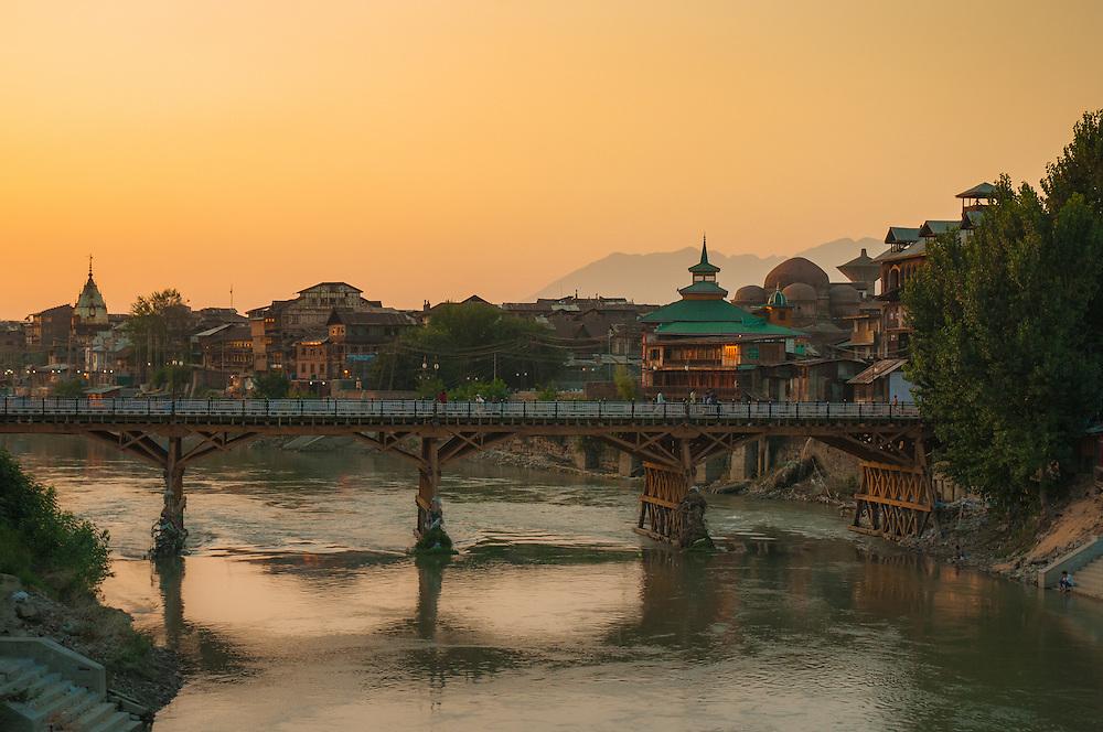 Bridge in the ancient city of Kashmir at sunset, Srinagar, India.