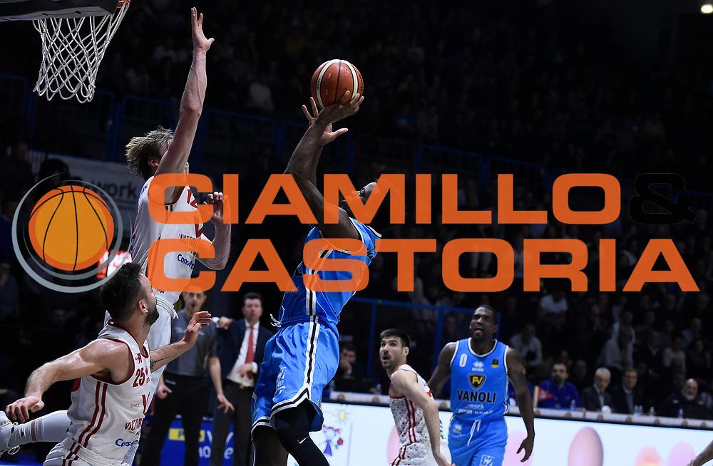 Milbourne Landon<br /> Vanoli Cremona - Victoria Libertas Pesaro<br /> Lega Basket Serie A 2017/2018<br /> Pesaro, 04/03/2018<br /> Foto A.Giberti / Ciamillo - Castoria