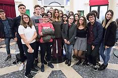 20171021 INCONTRO STUDENTI CARDUCCI CON AMBRA ANGIOLINI