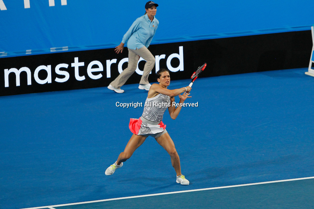 04.01.2017. Perth Arena, Perth, Australia. Mastercard Hopman Cup International Tennis tournament. Andrea Petkovic (GER) returns serve during the mixed doubles against Switzerland. Switzerland won in straight sets 4-1, 4-2.