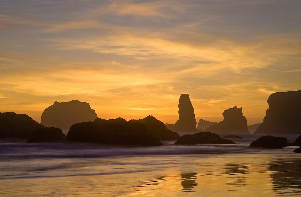 Face Rock at sunset, Bandon Beach, southern Oregon coast.
