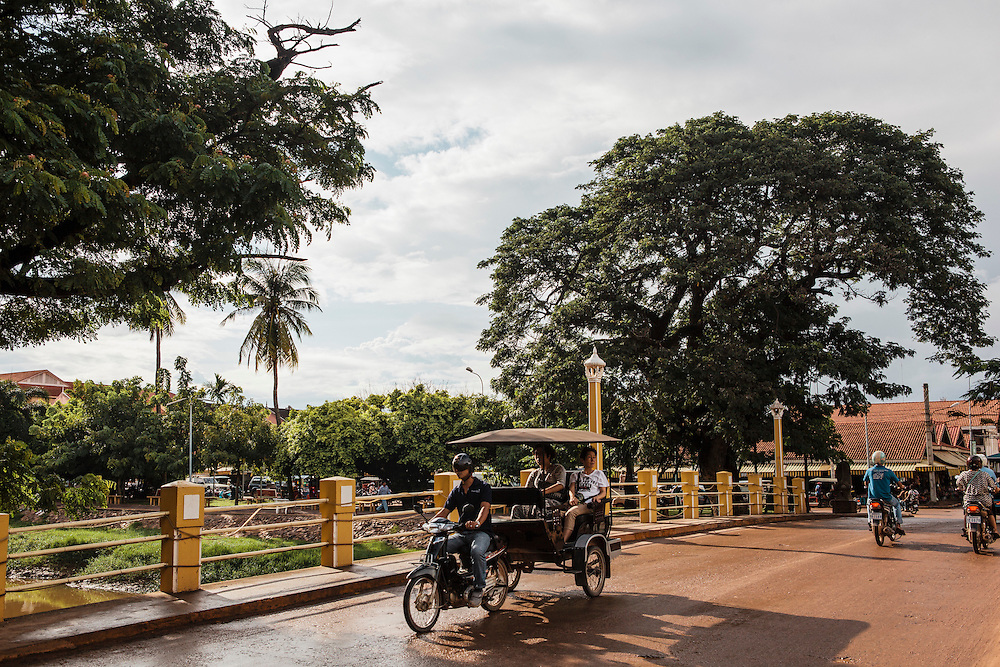 Bridge to the Old Market, Siem Reap